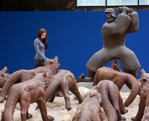 """NordArt - """"Wolves Coming"""", Liu Ruowang, steel casting 110 parts, China 2008 - 2010"""
